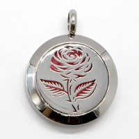 Soli Rose Aromatherapy Necklace