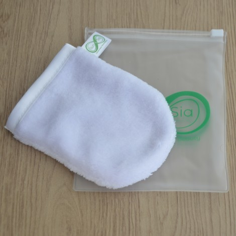 Glove Make-up Remover